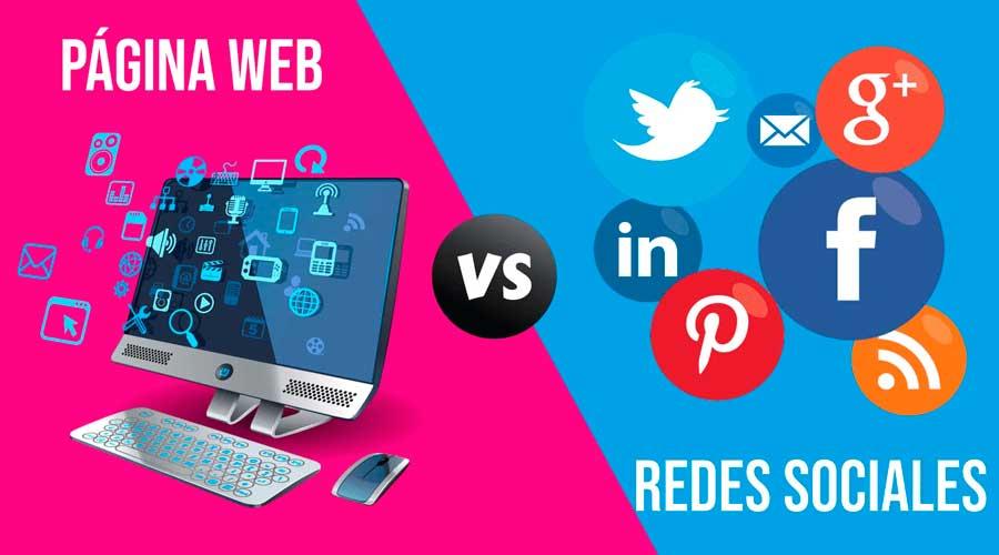 Pagina Web vs Redes Sociales